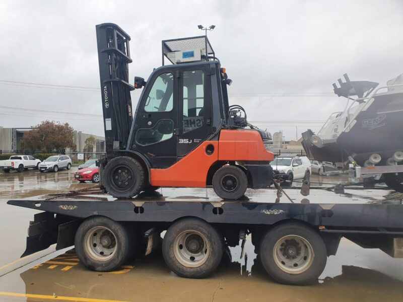 Fork Lift transported to Adelaide