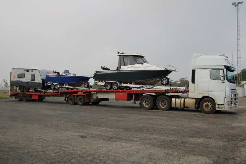 Boats and caravans transport to Darwin