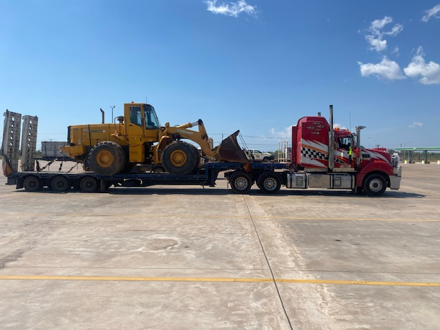 wheeled loader transported from Darwin